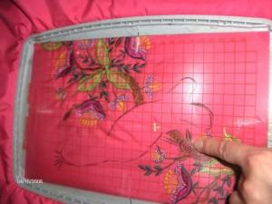 Стыковка дизайна машинной вышивки.