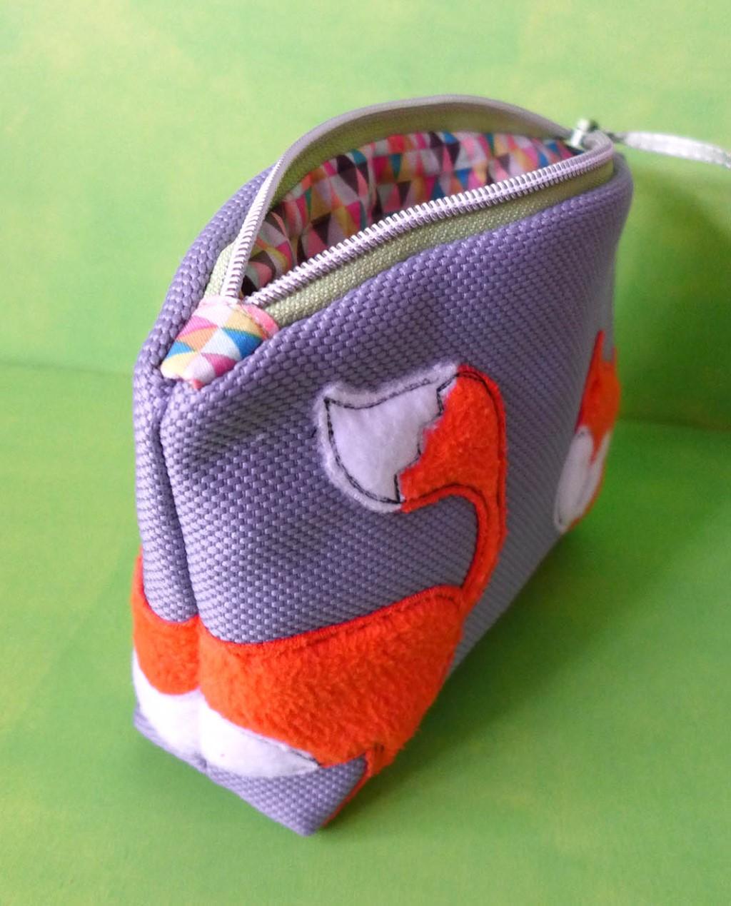 Проект Bernina: Сумочка с машинной вышивкой