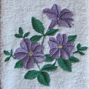 Машинная вышивка на махровой ткани