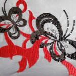 Машинная вышивка декорированная пайетками
