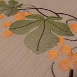 Декорируем шторы машинной вышивкой