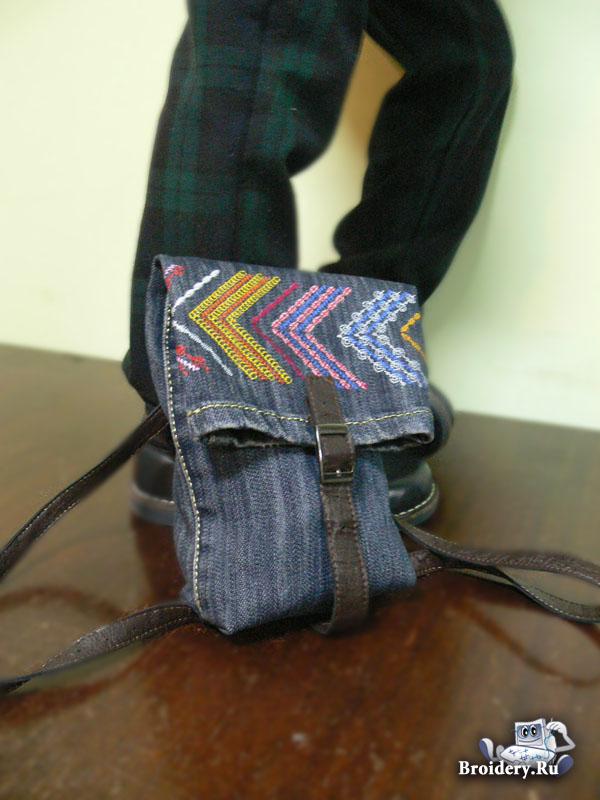 Вышивка на сумках из джинса