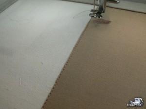 Соединяем две ткани машинной вышивкой. Процесс