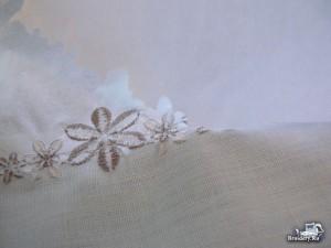 Соединяем две ткани машинной вышивкой 6
