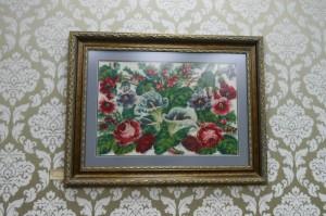 Букет роз, работа 1905 года. Выставка вышивки