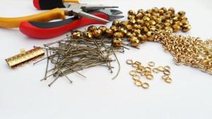 Собрать браслет. Инструменты и материалы