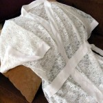 Домашний халат из кружевной ткани