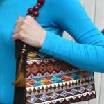 Вышитая сумка с африканскими мотивами
