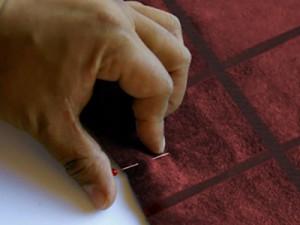Вышивка на съемном воротнике