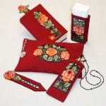 Набор аксессуаров с вышивкой ришелье
