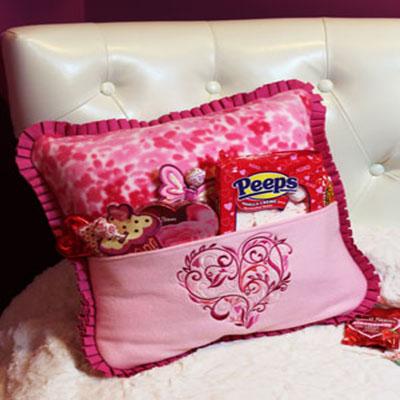 День святого Валентина: Подушка с карманом