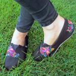Компьютерная машинная вышивка: Декорируем обувь