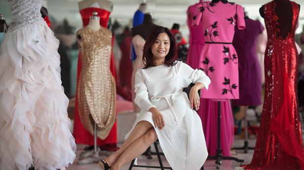 Гуо Пей (Guo Pei): Одежда из мира искусства, а не моды