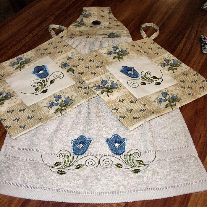 Декор машинной вышивкой: Кухонное полотенце и прихватки