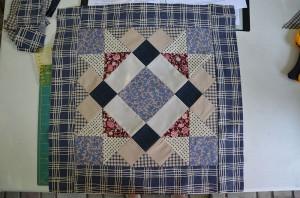 Лоскутное шитье подушка в прованском стиле