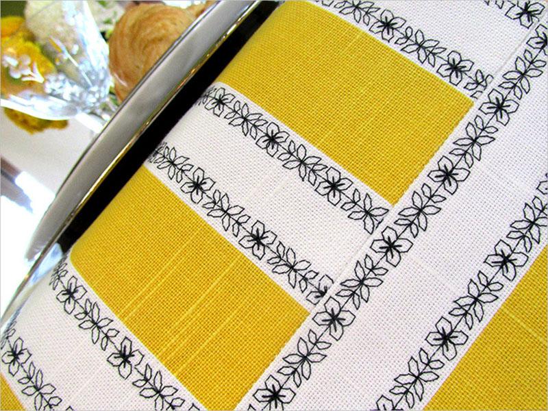 Декор: Как сшить скатерть и украсить ее декоративными строчками