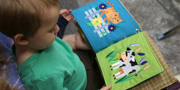 Вышиваем развивающую книжку для малыша