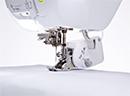 Швейно-вышивальная Brother Innov-is XV: Верхний транспортер (Устройство двойной подачи)