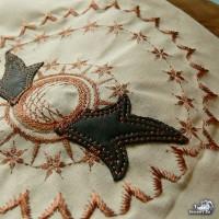 Стыкуем дизайн машинной вышивки