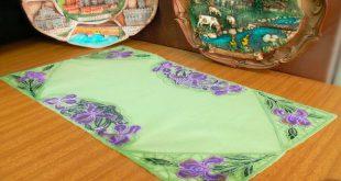 Салфетка декорированная вышитым кружевом